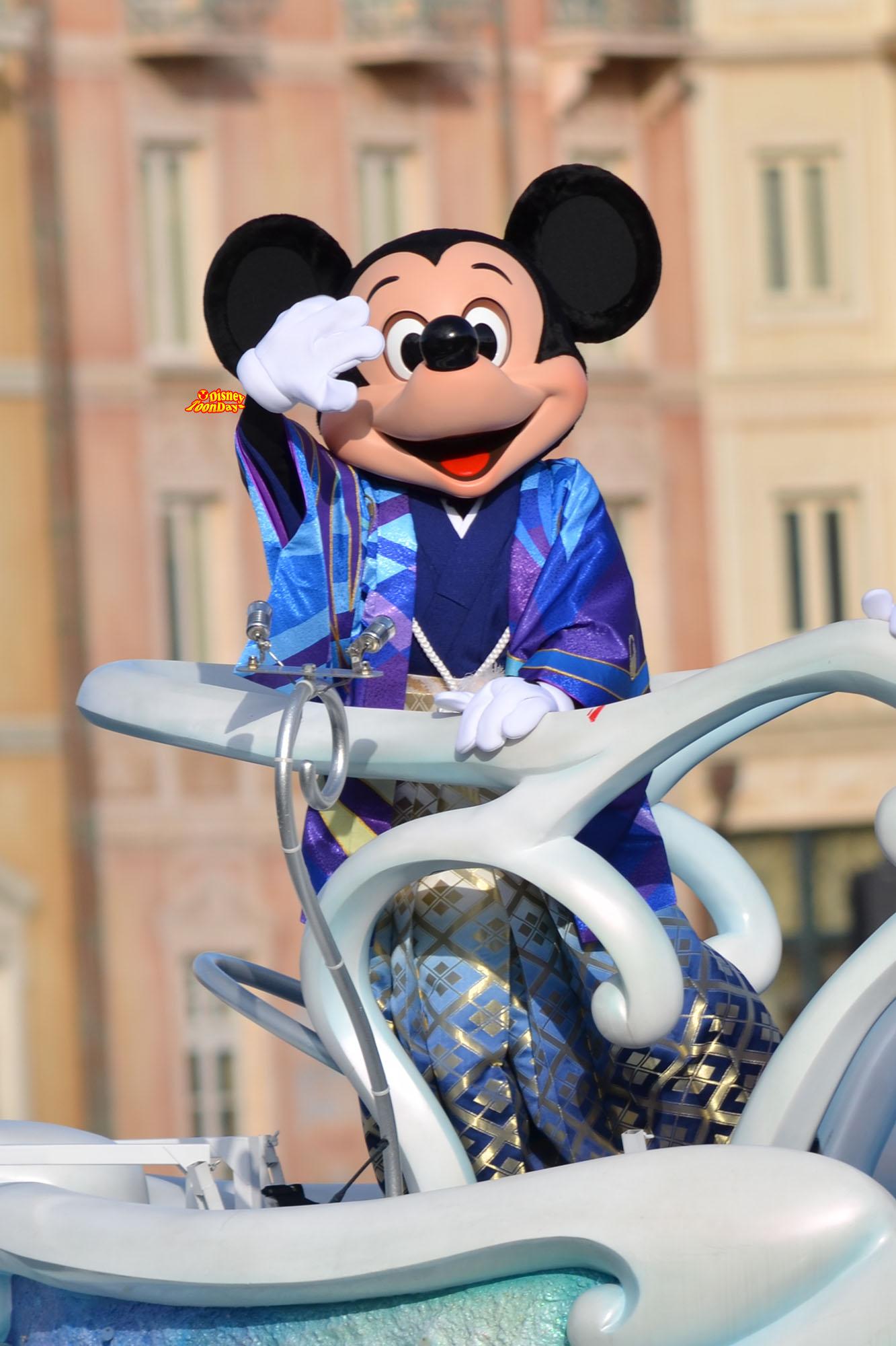 TDS ニューイヤーズグリーティング 2013 ミッキーマウス