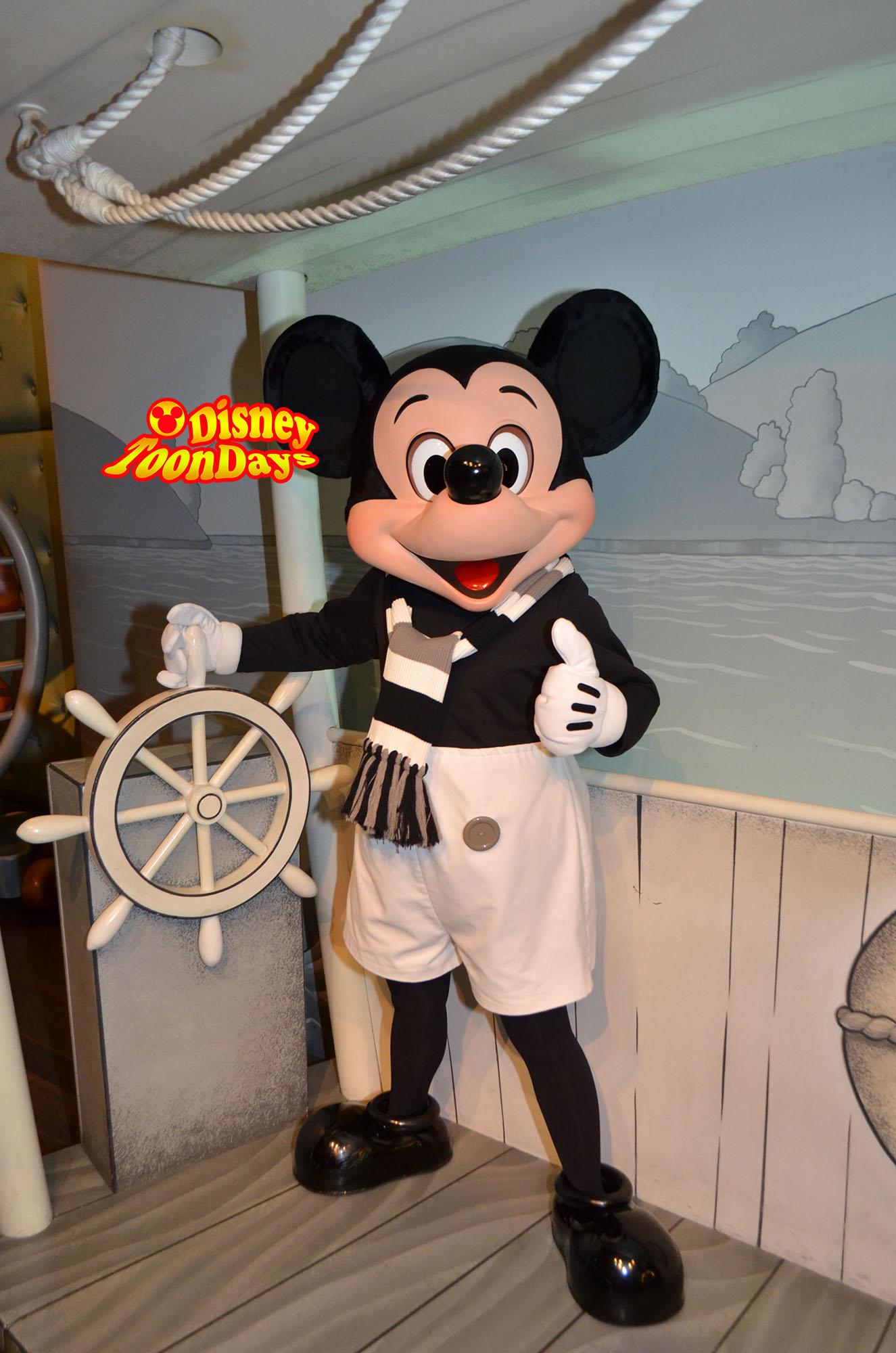 TDL ミッキーの家とミートミッキー 蒸気船ウィリー ミッキーマウス