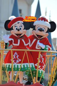 TDL クリスマスファンタジー2011 クリスマスサンタヴィレッジパレード ミッキーマウス ミニーマウス
