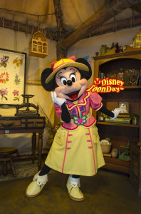 TDS ミッキー&フレンズグリーティングトレイル ミニーマウス
