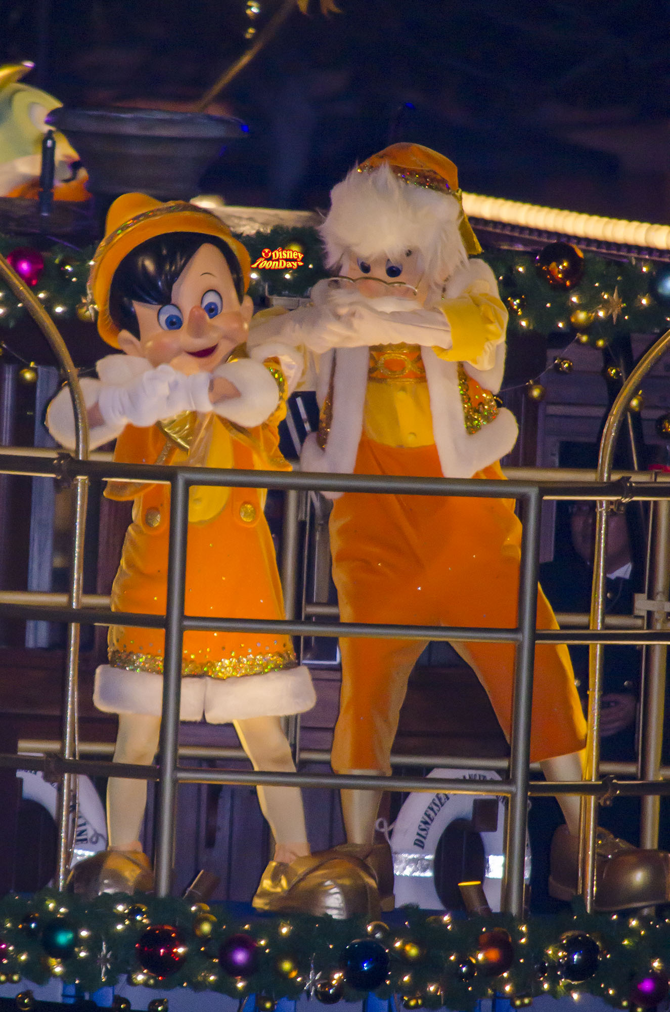 TDS クリスマスウィッシュ 2013 カラーオブクリスマス ピノキオ ゼペット