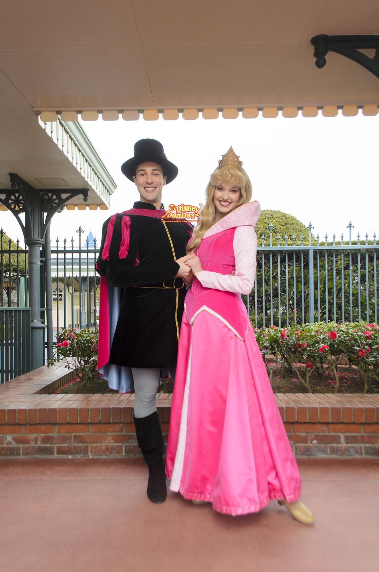 TDL エントランス グリーティング オーロラ姫 フィリップ王子